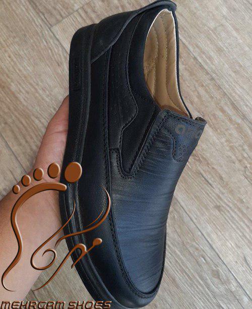 پخش عمده کفش مردانه مهرگام